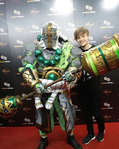Jerax Dota 2 Event Earth Spirit Costume